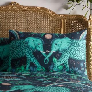 Zambezi Housewife Pillowcase M2056/01 by Emma J Shipley (Pair)
