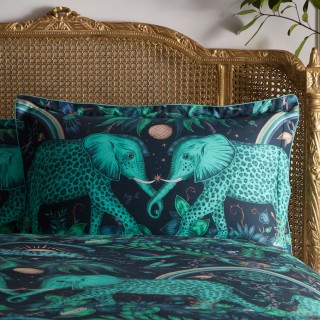 Zambezi Oxford Pillowcase M2070/01 by Emma J Shipley